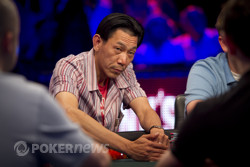 Minh Ly takes a big pot from Brian Rast.