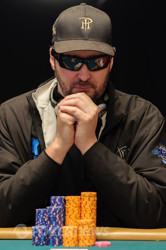Can Hellmuth finally win a non-hold'em event?