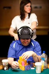 David Bach is in contention for his second WSOP Gold bracelet in a  H.O.R.S.E tournament.