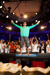 Antonio Esfandiari wins!