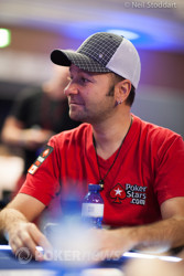 Negreanu Falls at the Feature Table
