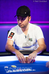 Good Start for Negreanu