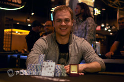 Andrew Robl tops a field of 22 entries to win the 2013 Aussie Millions $100,000 Challenge for AU$1,000,000.