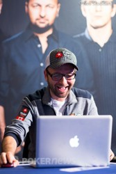Negreanu Secures the Sweep