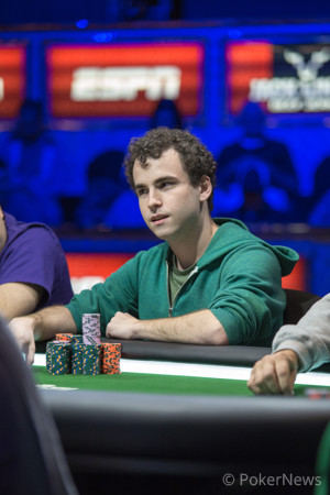 Dan Kelly is Dominating the Final Table Early