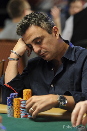 Stud-8 Does in the 2005 WSOP Main Event Champ