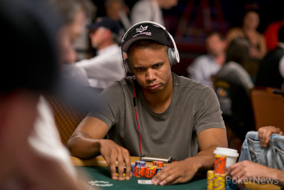 Ivey Moves to Purple; Ivey Busts a Player