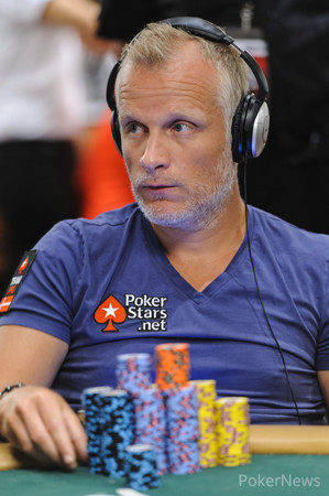 Six of Clubs Gets Jorgensen Massive Pot