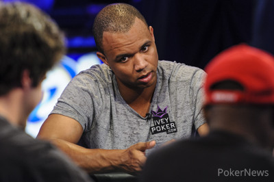 Phil Ivey Eliminated By Max Steinberg in Largest Pot of the Main Event