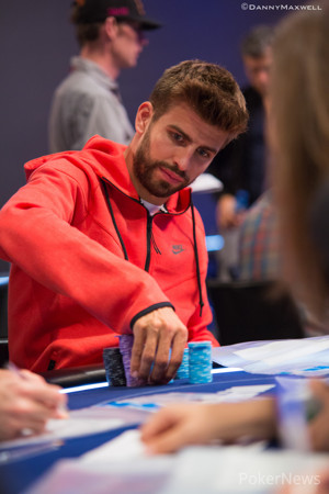 Ole Schemion Leads After Day 1; Gerard Piqué Advances with Big Stacks