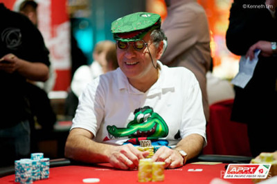 "Seat 4: Billy ""The Croc"" Argyros (Melbourne, Victoria) - 226,000 chips"