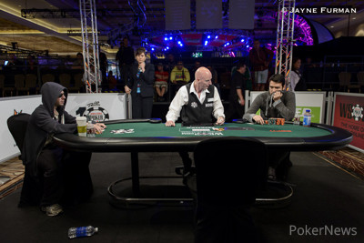 Alex Bolotin and Dimitar Danchev are heads up in Event 6