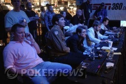 Phil Hellmuth Patiently Watches