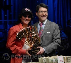 Scotty Nguyen - 2008 $50K H.O.R.S.E. Champion, with WSOP Commissioner Jeffrey Pollack