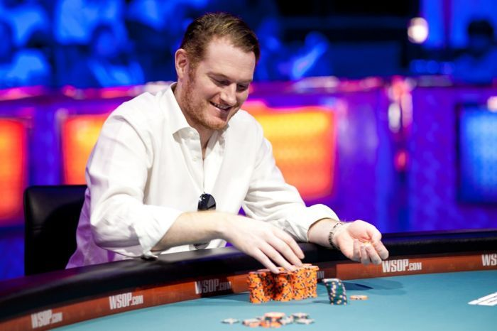 WSOP Boulevard: Phil Hellmuth wint twaalfde bracelet; Ivey grijpt net mis 101
