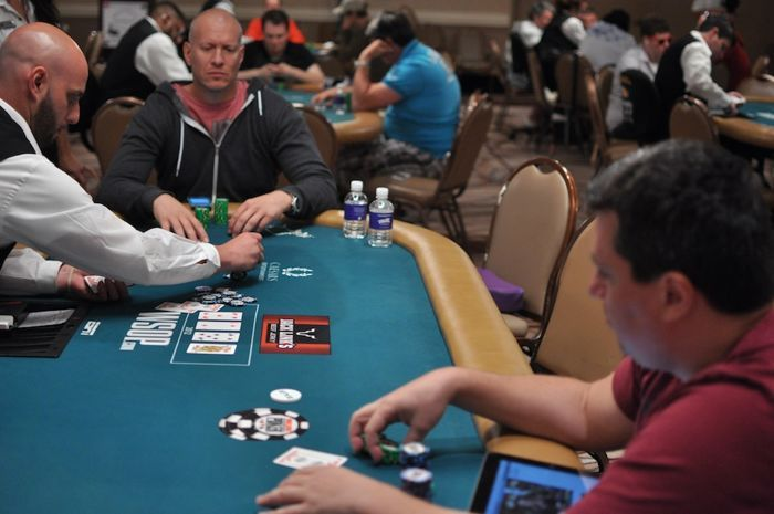 All Mucked Up: 2012 World Series of Poker Day 16 Live Blog 105