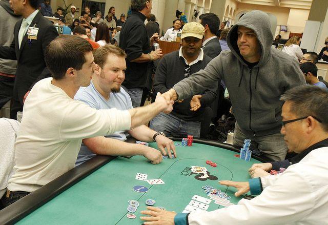 Mortensen eliminates Druckman (photo c/o of WPT.com)