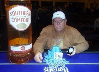 David Hobson won Event #4 $365 NLHE Re-Entry. Photo courtesy of WSOP.