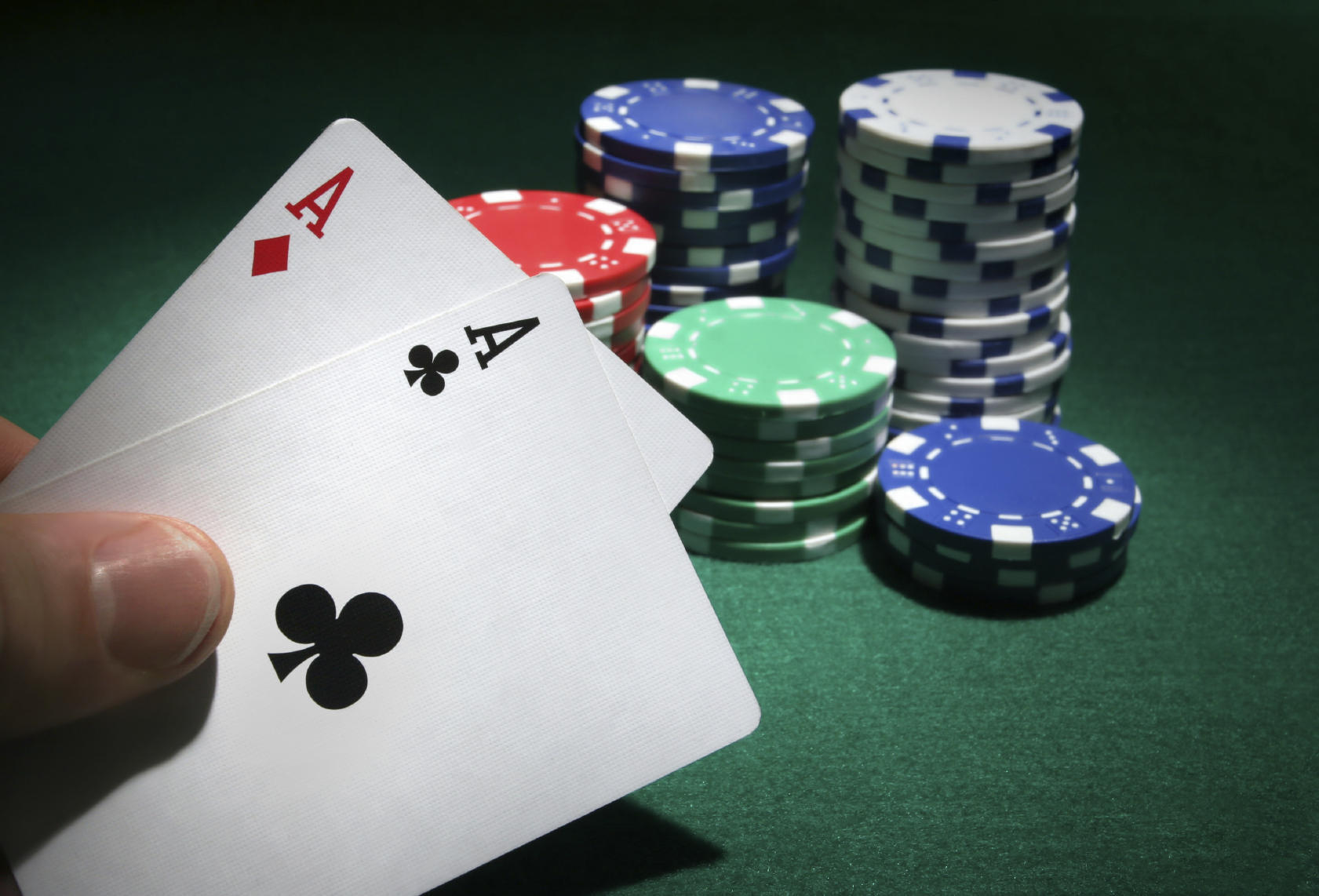 poker home game strategy