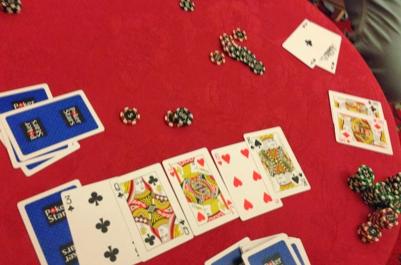 кулер в покере онлайн пример