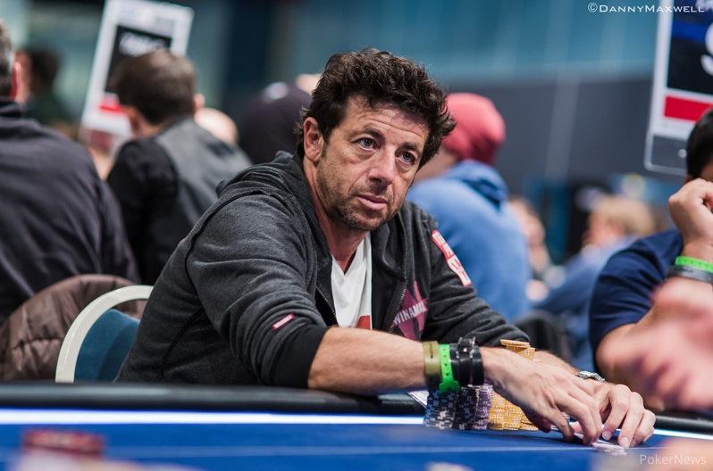 Bruel champion poker dogs and cats playing poker