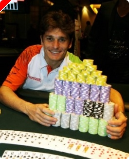 ¿Fórmula 1 + poker?... Giancarlo Fisichella en la parrilla de salida... de los tapetes