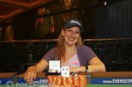 Vanessa Hellebuyck , la première Française à gagner un bracelet (WSOP 2010 - event#22...