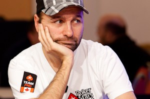 Daniel Negreanu tar sig an Isildur1 i SuperStar Showdown