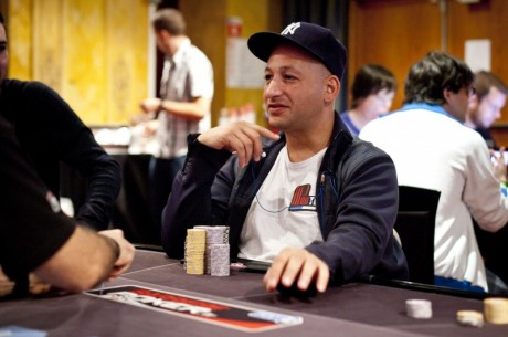 2011 World Poker Tour Jacksonville Day 1b: Vedes Vaults into Top Spot