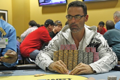 2011 World Poker Tour Jacksonville Day 2: Coelho Leads; Money Bubble Looms