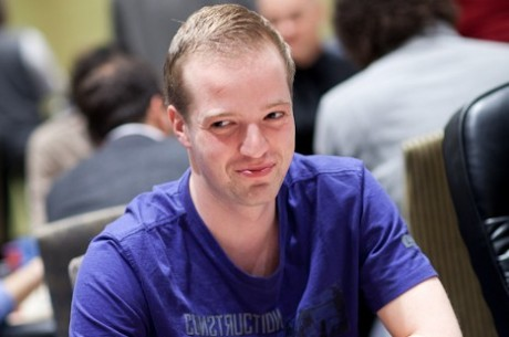 PokerStars.com EPT Madrid -  Swart met top stack naar dag 3