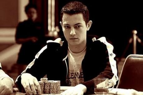 """PokerNews Boulevard: Tom """"durrrr"""" Dwan wint $3,8 miljoen pot & Inschrijvingen..."""