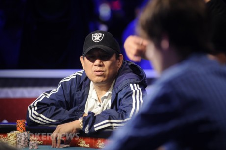 2012 World Series of Poker Main Event Final Tablist Steven Gee in the Middle of the Pack