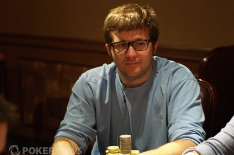 2012-13 World Series of Poker Circuit Horseshoe Southern Indiana Day 2: Eveslage Leads
