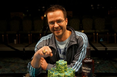 "Kevin ""BeL0WaB0Ve"" Saul Wins WSOP Circuit Foxwoods Main Event for $194,178"