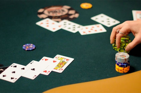 Using Exposed Cards When Reading Hands in Seven-Card Stud