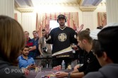 Main Event WSOP Europe : Phil Hellmuth chipleader en finale