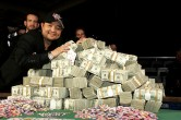 PokerNews Boulevard: Jerry Yang's bracelet te koop, schreeuwende geiten en een nieuw pokernetwerk
