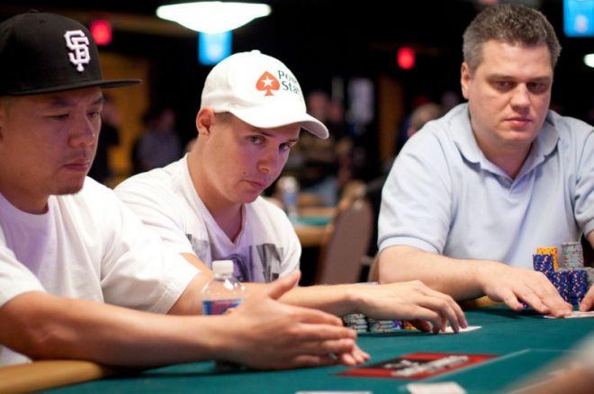 WSOP 2011 - LIVE: 4 Nederlanders bij de laatste 30 van de $2.500 Mixed Hold'em!