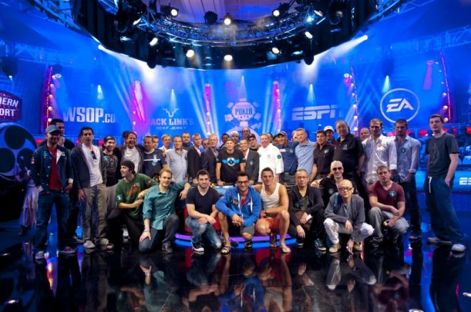 WSOP Big One for One Drop - Brian Rast, Phil Hellmuth & Sam Trickett leiders na dag één!