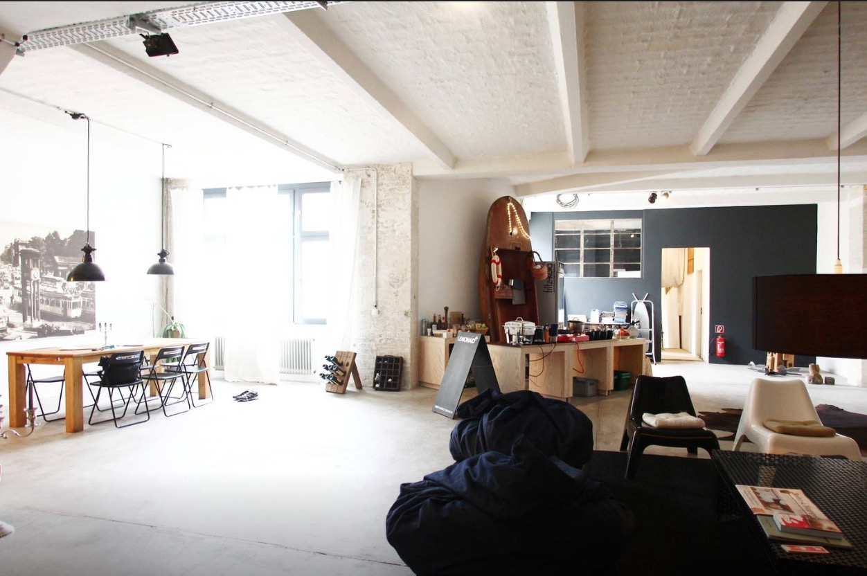 7 great airbnb rentals in berlin staystacked for Airbnb apartments