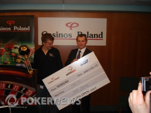 Peter Jepsen with a BIG cheque (or check!)