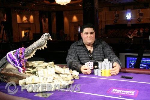 Louie Esposito and the Croc