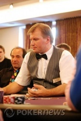 Dealer Willi - resolutely refusing to deal the final hand