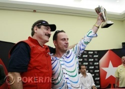 Amer Sulaiman poses with Team PokerStars Costa Rica pro Humberto Brenes