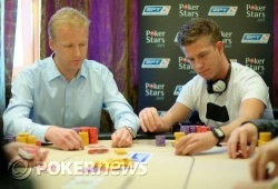 Toft (right) three-betting the flop against Baekke (left)