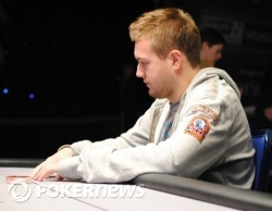 Jetten loses to Vazquez heads up