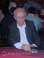 Gianni Giaroni out