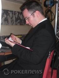 Il direttore Dave Tarbet mentre calcola il payout