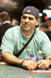 Amnon Filippi in earlier WSOP action